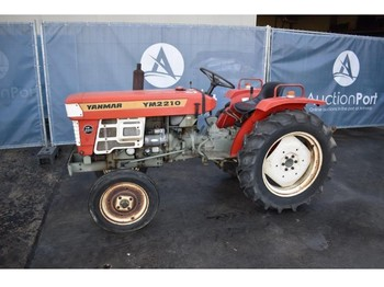 Yanmar YM2210 - compact tractor