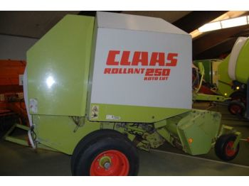 CLAAS Rollant 250 RotoCut - round baler