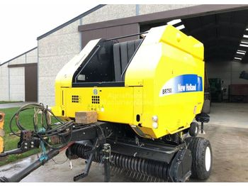 New Holland BR750A CROP CUTTER - round baler