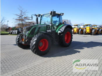 Fendt 718 VARIO SCR PROFI PLUS - wheel tractor