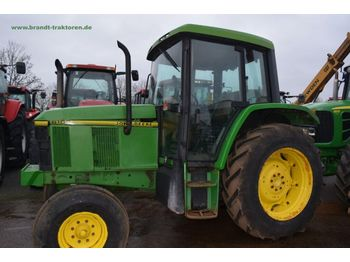 Wheel tractor JOHN DEERE 6100: picture 1