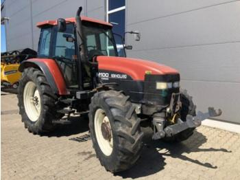 New Holland M 100 - wheel tractor