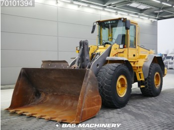 Loader Volvo L110E German machine - bucket with tips