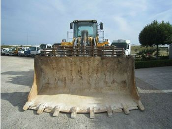 Wheel loader Volvo L220F