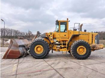 Volvo L 220E  - wheel loader