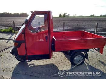 Open body delivery van Vespa Piaggio Ape 50