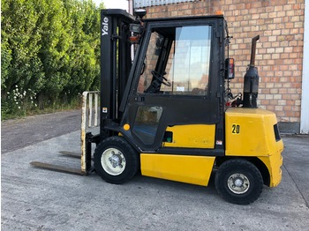 YALE GDP30TF V2445 - 4-wheel front forklift