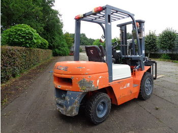 Forklift APACHE CPCD30