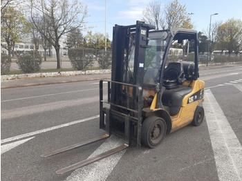 Caterpillar GP20N - forklift