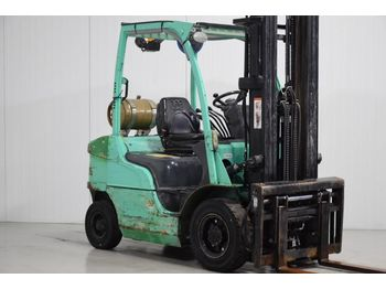 Caterpillar GP25N - forklift