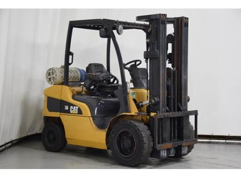 Caterpillar GP30N - forklift