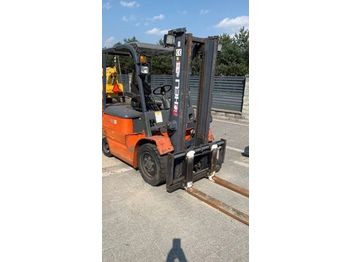 HELI CPD30 - forklift