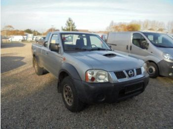 NISSAN King Cab 2,5 TDi - car