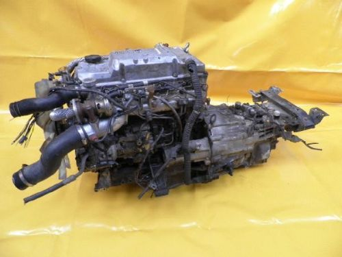 Mitsubishi Motor 4M42 engine/ engine spare part for sale at