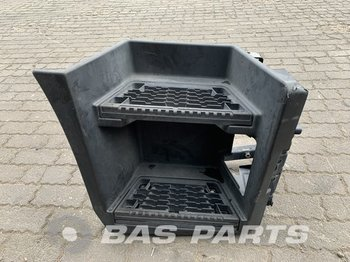 RENAULT T-Serie Foot step 7484539361 Sleeper Cab L2H2 - footstep