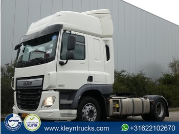 Tractor unit DAF CF 400 spacecab 209tkm