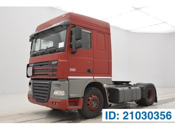 Tractor unit DAF XF105.410 Space Cab
