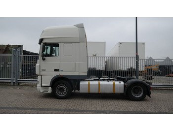 Tractor unit DAF XF 105.460 SUPER SPACECAB