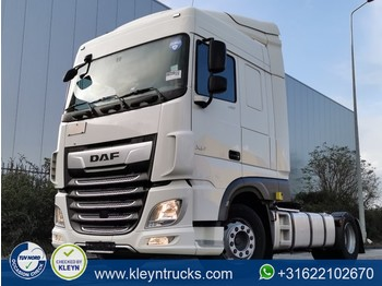Tractor unit DAF XF 480 spacecab