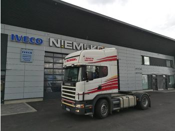 Tractor unit SCANIA P114: picture 1