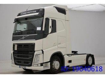 Tractor unit Volvo FH13.500 Globetrotter