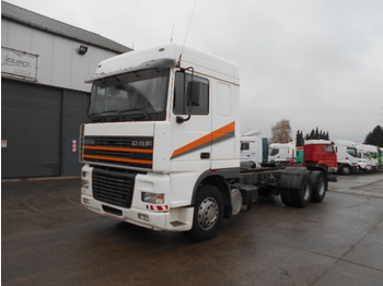 DAF 95 XF 430 (EURO 2 / STEEL / 10 TIRES) - cab chassis truck