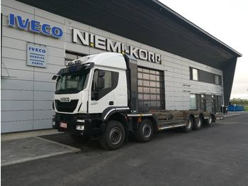 IVECO Trakker AT410T50 - cab chassis truck
