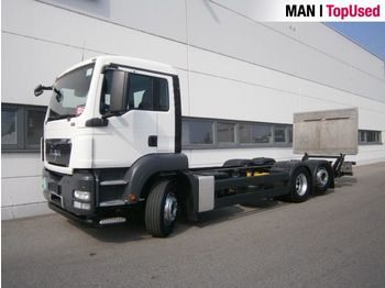 MAN TGS 26.320 6X2-4 BL - cab chassis truck
