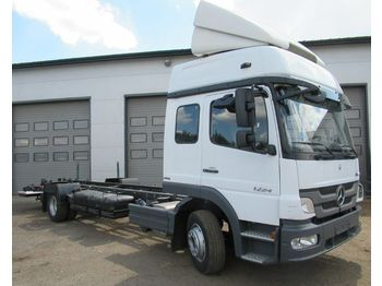 MERCEDES-BENZ ATEGO 1224 - cab chassis truck