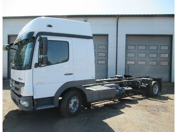 MERCEDES-BENZ ATEGO 818 - cab chassis truck