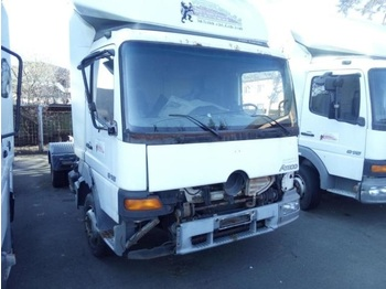 Mercedes-Benz Atego 915  - cab chassis truck