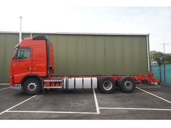 Volvo FH 420 6X2 CHASSIS - cab chassis truck