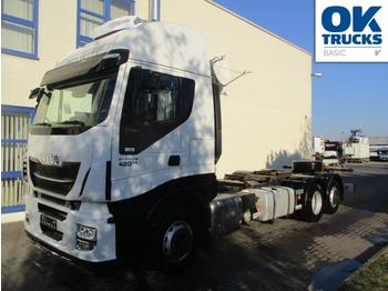 Container transporter/ swap body truck Iveco Stralis AS260S42Y/FPCM