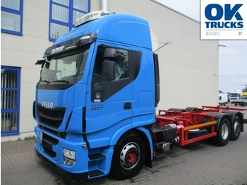 Container transporter/ swap body truck Iveco Stralis AS260S46Y/FPCM