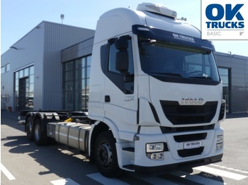 Container transporter/ swap body truck Iveco Stralis AS260S46Y/FP CM