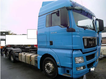 MAN TGX 26.400 BDF + Ladebord 2000 KG + EURO 5  - container transporter/ swap body truck