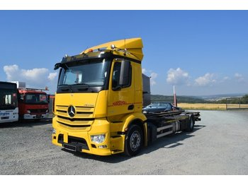 Container transporter/ swap body truck Mercedes-Benz 1840 /hydr. Hubrahmen/ Orginal 287 tkm** EURO 6