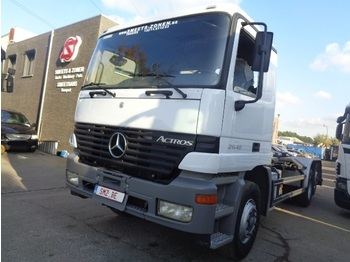 Container transporter/ swap body truck Mercedes-Benz 2640