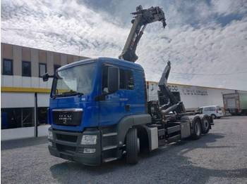 MAN TGS 26.320 6x2 - hook lift truck