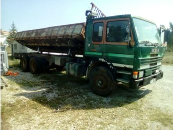 Tipper SCANIA P 82H 210 left hand drive Turbo 26 ton volquete tumba
